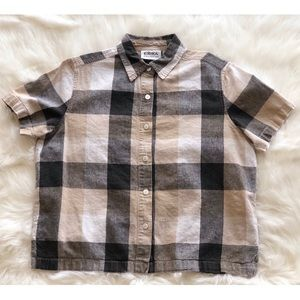 90's Plaid Cropped Button Down
